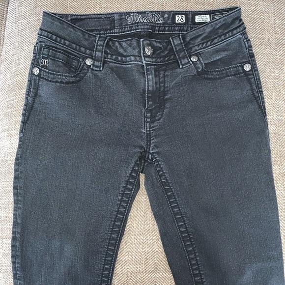 Miss Me Denim - EUC Miss Me Cropped Skinny Mid Rise Jeans Size 28.